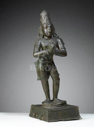 CHANDIKESHVARA INDE/TAMIL NADU CA 14°SIÈCLE Alliage cuivreux. H. 44 cmLe saint
