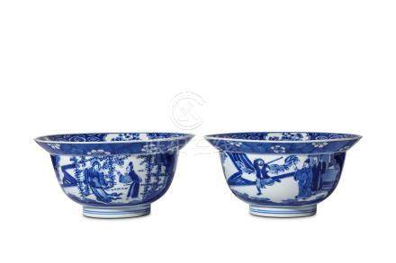 A PAIR OF CHINESE BLUE AND WHITE KLAPMUTS BOWLS. Kangxi. The rounded sides rising from a short
