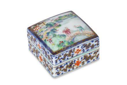 A CHINESE FAMILLE ROSE DECORATED BOX AND COVER. Qi