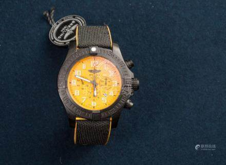 BREITLING, New Old Stock, Avenger Chronograph