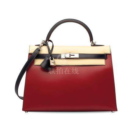 A LIMITED EDITION ROUGE VIF, PARCHEMIN & BLEU MARINE CALF BOX LEATHER SELLIER KELLY 32 WITH PALLADIUM HARDWARE