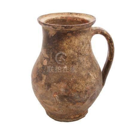 Henkelkrug aus KeramikH ca. 22 cm, Alters- und Gebrauchsspuren
