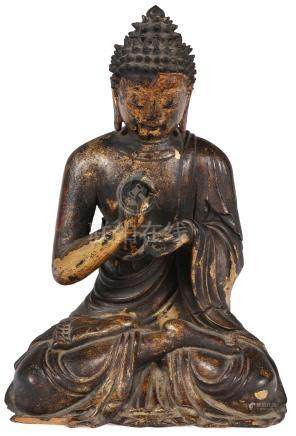 A FINE CHINESE CARVED GILT WOOD BUDDHA, 18TH C