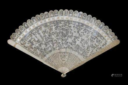 A Chinese Export Ivory Brisé Fan, Canton, late 18th/early 19th century, the guards carved with