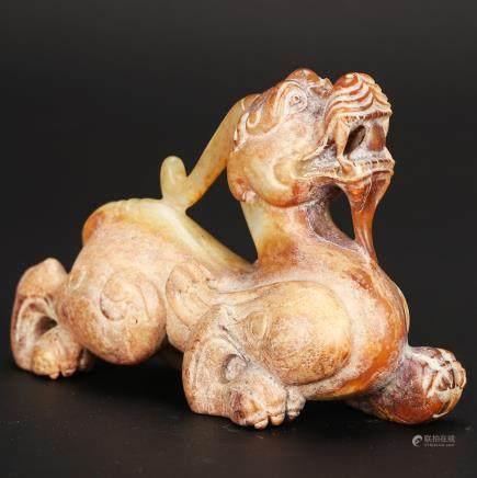 CHINESE ARCHAIC JADE BEAST