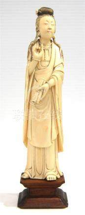 An Ivory Figure of a Elegant Lady, Deftly Carved in the Roun