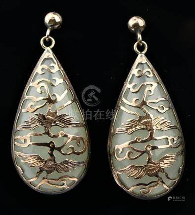 CHINESE WHITE JADEITE AND 10KT Y.G DROP EARRINGS