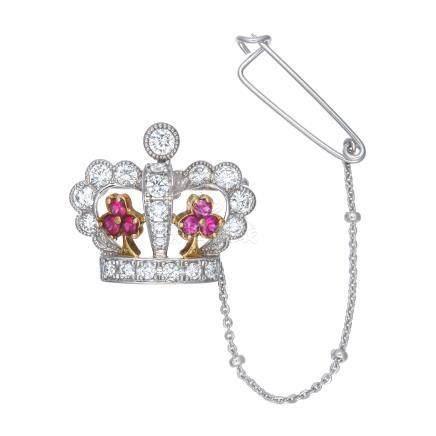 梶 光夫 紅寶石 鑽石 皇冠型 白金胸針 (吊墜兼用)