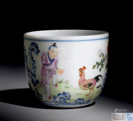 清乾隆 粉彩鸡缸杯
