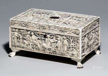 A FINE IVORY SEWING BOX, China, Jiaqing/Daoguang period. The cover and four sides with figural urban