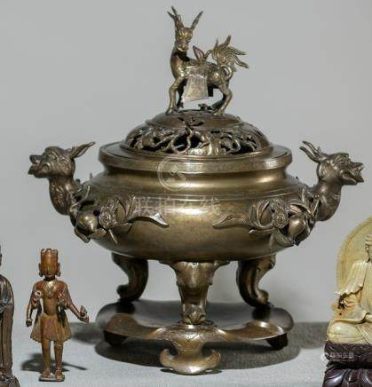 A LARGE THREE-PART BRONZE CENSER ON STAND, China, Qing dynasty - Property from a South German privat
