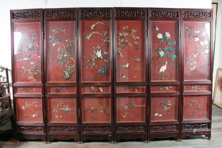 A SIX-PANEL LACQUERED SCREEN