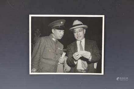 2 photo of LT. General Zhu Shi Ming