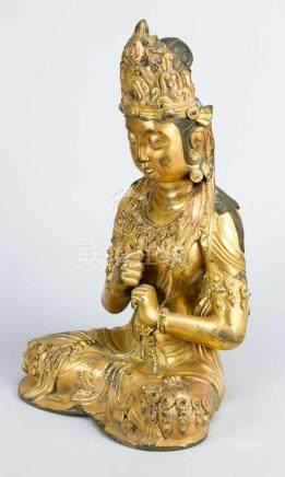A late Ming bronze sculpture of goddness Guanyin; bronze cast with very fine and deep cutted hand