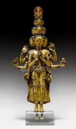 銅鎏金十一面自在菩薩像。