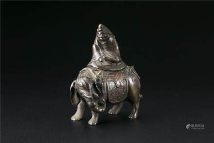 古铜达摩像