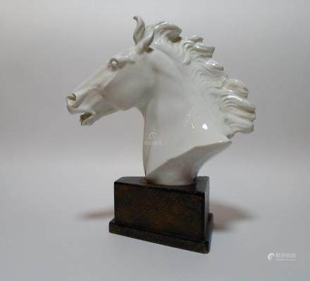 A Meissen White Porcelain Bust of Horse Head Modeled By Erich Oehme.