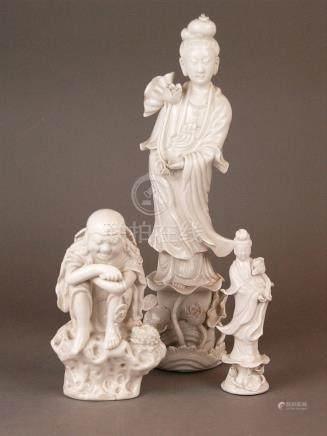 3 Blanc-de-Chine figures - China 20th century, glazed white