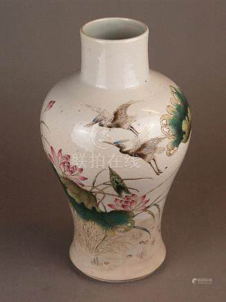 Shoulder vase - China 20th century, polychrome onglaze color