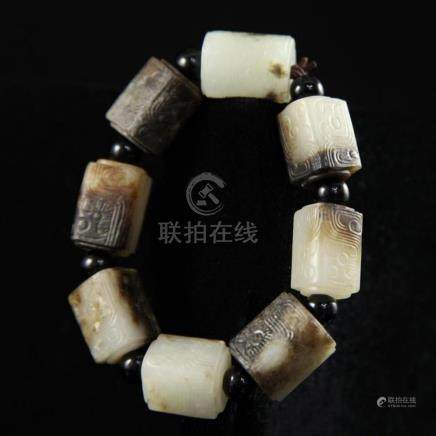 A ARCHAIC JADE CARVED SQUARE BEADS BRACELET