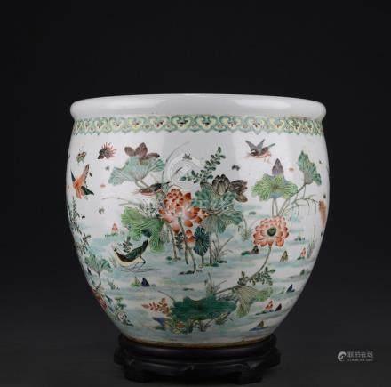 CHINESE QING WUCAI JAR