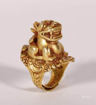 遼代 純金獸鈕戒指
