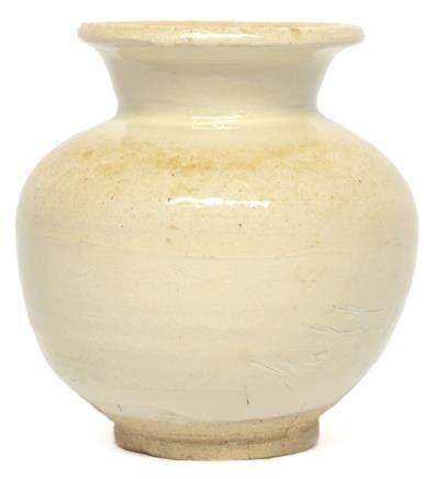 遼 缸瓦窰白釉罐