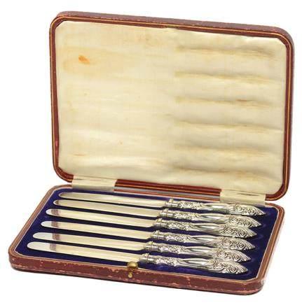 1911年 英國 HENRY S. GILLING  銀花柄牛油刀一套六件 (附原裝盒)