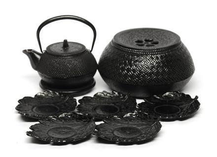日本 南部岩鑄 鐵茶具一套七件 (全新、附原裝盒)