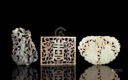 明 白玉镂雕岁寒三友、和合二仙、福寿珮 (共三件)