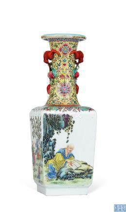 民国 粉彩布袋逹摩天圆地方瓶