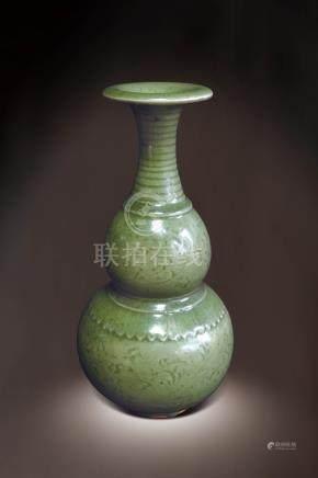 龍泉釉葫蘆瓶