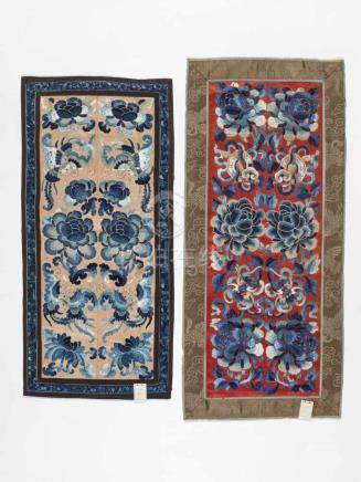 LOT WITH TWO PEKING KNOT EMBROIDERIES 'PEONIES, BATS AND BUTTERFLIES', 1900sSilk with blue, crème