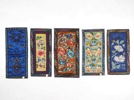 LOT WITH FIVE EMBROIDERIES 'FLOWERS AND BUTTERFLIES', 1920sSilk with multi-colored silk threads,