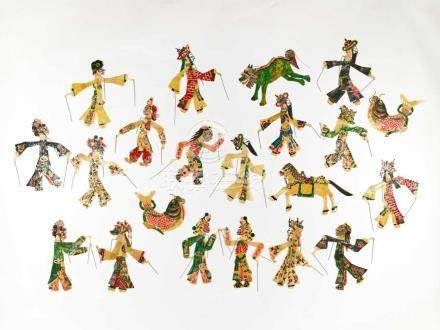 A SET WITH 21 HAND PAINTED CHINESE SHADOW PUPPETS, 1930sHand painted hide, small metal rodsChina,
