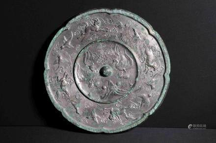 ARCHAIC BRONZE CAST 'MYTHICAL BEASTS' MIRROR