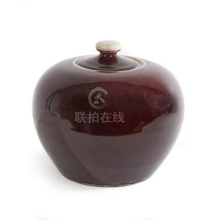 CHINE Vase pansu couvert en céramique sang de boeuf Epoque X
