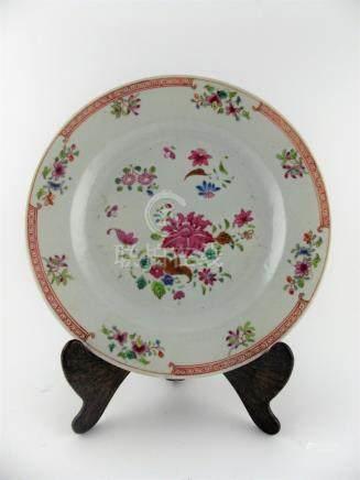 PLATO COMPAÑÍA DE INDIAS. SIGLO XVIII. En porcelana decorada