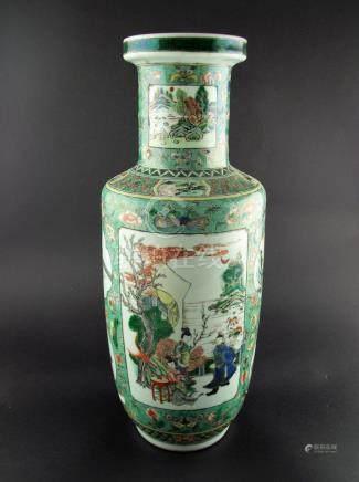 """FLORERO CHINO. En porcelana Familia Verde decorada """"flores y"""