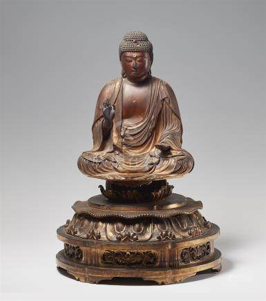 A gilt lacquer and wood figure of Amida Nyorai. 18th century