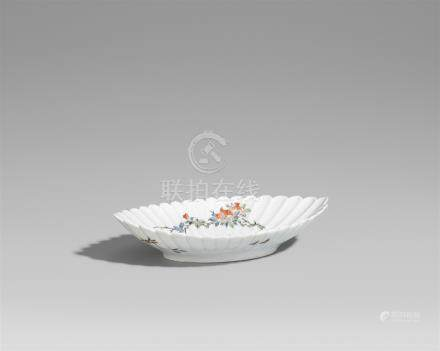 An elliptical Kakiemon dish. Arita. 18th/19th century
