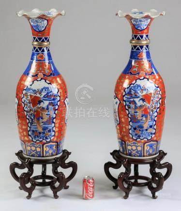 (2) Japanese Taisho Period Imari floor vases