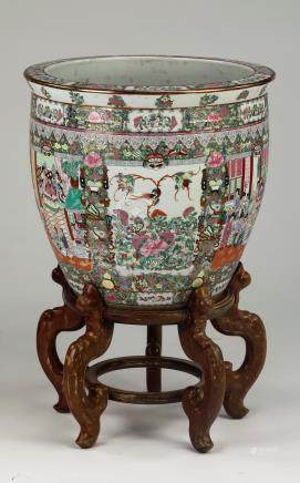 """Large Chinese Rose Medallion fishbowl on stand, 31"""""""
