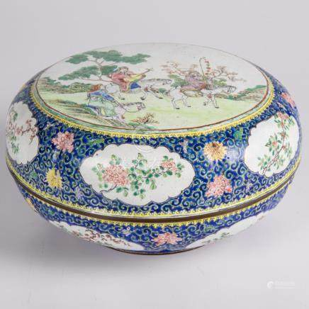 A Chinese Peking Enameled Covered Circular Box, 20th Century