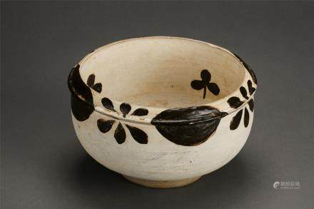 A Cizhou Kiln White-Glazed With Flowers Stippling Alms Bowl