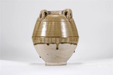 A Xiangzhou Kiln Green-Glazed Jar Northern Qi Dynasty