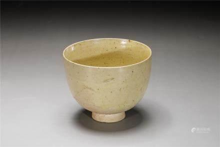 A Xiangzhou kiln cup(550-577)