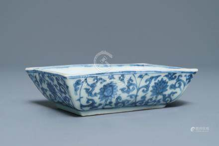 A rectangular Chinese blue and white dish with a phoenix among lotus scrolls, Wanli mark, 19/20th C.
