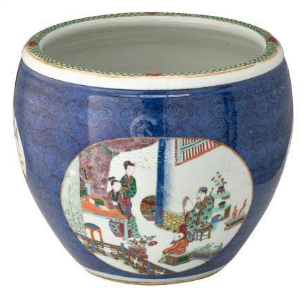 A Chinese bleu soufflé and famille verte jardinière, the roundels decorated with figures of the daily life, antiquities and flower branches, 19thC, H 34,5 - ø 42 cm