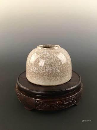Chinese Ge-Type Porcelain Water Pot